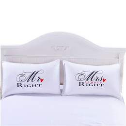 hospital beds for home UK - Hot Sale European-style simple couple printing pillowcase white bed bedding suitable for four seasons Free Shipping