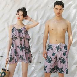 $enCountryForm.capitalKeyWord NZ - Hot Couple Swimwear Sexy Bikinis Men's Board Trunks Lover Shorts Beach Wear Swimsuit Women Bathing Suit for Wife Man 6