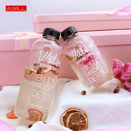 hand water bags NZ - Aiwill 1000ml 600ml Glass Water Bottles Girl Students Sports Bottles Creative Juice Bottle Kettle With Bag T8190627