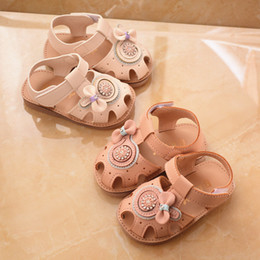 year girl sandals NZ - 2019 newborn bowknot flowers princess shoes 1 year old baby girls sandals non-slip soft cool fashion infant beach shoes