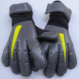 $enCountryForm.capitalKeyWord Australia - Wholesale-Men Professional Soccer Goalkeeper Gloves 4mm Latex De Futebol Goalie Goal Keeper Gloves Luva De Goleiro 2020 Newest Styles
