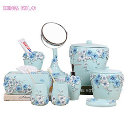 resin supplies Canada - Simple resin bathroom five-piece set household European-style wash cup bathroom supplies kit toilet toothbrush holder set