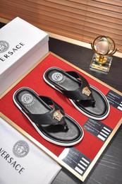 $enCountryForm.capitalKeyWord Australia - Top Quality VersaceMen's designer slippers sandals clip feet flip style print Slide Sandal Flip Flops Sandals With Original Box 11