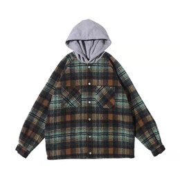wollmütze großhandel-Herren Jacken Repräsentieren lose Kapuzenjacke Woll Flanell Plaid Shirt Mantel Retro Fashion High Street Aufmaß Outwear Hoodies