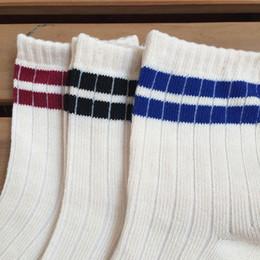 20SS Новая мода лето Мужчины носки Мужчины носки Street Нижнее белье Мужские баскетбольные Спортивные носки для женщин Бесплатная доставка на Распродаже