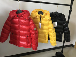 $enCountryForm.capitalKeyWord Australia - Hot Branded Children Red Yellow Black Soft Nylon Laqué Down Jacket Designer Kids Pocket Snap-off Detachable Hood Short Down Coat