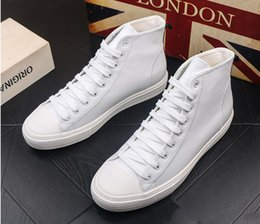 dress skateboard Australia - Newest high quality Men's retro style lace-up flats high tops shoes Male Dress Quinceanera skateboard Shoes for man