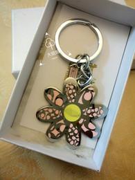 European Classic Cars Australia - European and American classic cute petal key chain car key chain bag pendant