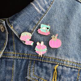 $enCountryForm.capitalKeyWord Australia - Cartoon pins tape measure Sewing machine crafty scissors clew Brooch Denim Jacket Pin Badge Fashion Jewelry gift for friend
