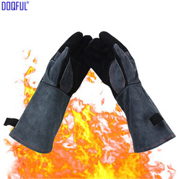 BBQ Cowhide Gloves High Temperature 500 Degrees Celsius Fireproof Microwave Oven Gloves Heat Insulation Welding Baking Antiskid Welder's Glo on Sale