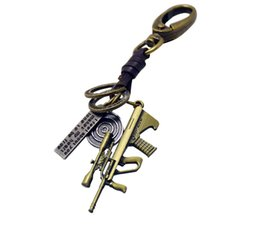 $enCountryForm.capitalKeyWord UK - Alloy Weapon Mold Pistol Machine Gun Designer Birthday Gifts Key Chain Keyrings Designer Car Keychains Accessories Valentine's Gifts
