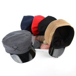Vintage cowboy hats wholesale online shopping - Spring Female Vintage Shaped Navy Cap Flat Roof Fashion Leisure Time Beret Outdoor Motion Pure Color Hats Hot Sale lx I1