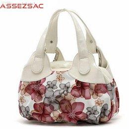 $enCountryForm.capitalKeyWord Australia - Wholesale-Assez sac! free shipping! new popular flower pattern PU leather women handbags shoulder bag for female messenger bags LS7141as