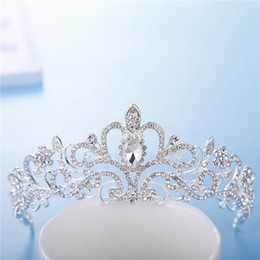 $enCountryForm.capitalKeyWord Australia - Cheap Shiny Beaded Crystal Wedding Crown Bridal Crystal Headdress Crown Headband Hair Accessories Party Wedding Bridal Headdress