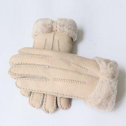 $enCountryForm.capitalKeyWord UK - Screen Women's Warm Gloves in Winter Genuine Leather Sheepskin Fur Ladies Gloves Finger Mittens Thicken Bowknot Brand D19011005