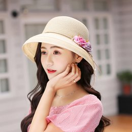 3b3eed3ba271a Straw Hat Female Summer Fresh Sun Hat Sunscreen Korean Version of The Wild  Student Sun Hat Curling Dome Small Caps