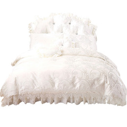 White King Size Beds UK - 100% cotton bedding sets Korean white princess lace duvet cover Double King Queen size Bed set Soft Bedclothes quilts bed skirt