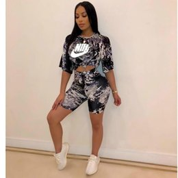T shirT Tie prinT online shopping - Women Two Piece Shorts Sets Designer Tracksuits Two Piece Women Outfits Tie Dyed Print Crop Top T shirt Suit Streetwear Sportswear C61103
