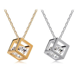 $enCountryForm.capitalKeyWord NZ - Trendy Crystal Necklace Zircon small square Rhinestone Pendant Choker Alloy Necklace For Women Charm Fashion Collar Jewelry 5.23