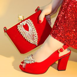 $enCountryForm.capitalKeyWord Australia - 2019 New Fashion Red Color Ladies Shoes with Matching Bag Set Decorated with Rhinestone African Women Wedding Shoes and Bag Sets