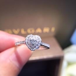 $enCountryForm.capitalKeyWord Australia - Natural Diamond Ring 18k Pure Gold Wedding Real 750 Solid Classic Trendy Women Hot Selling Present Customizable Heart 2018 New S625
