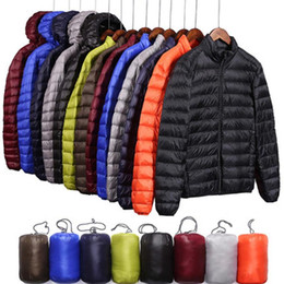 ingrosso 5xl giacca giù-Brand Autumn Winter Light Down Jacket Uomo Fashion Hooded Breve Grande grande Ultra Thin Lightweight Youth Slim Coat Taglia S XL