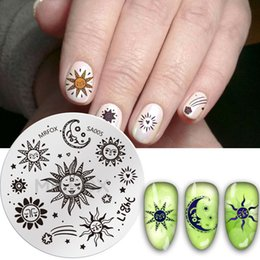 $enCountryForm.capitalKeyWord Australia - 1pc Round Stamping Template Sea SunFlower Starfish Dolphins Geometry Patterns DIY Nail Designs Manicure Stamp Plate 5.5cm