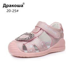 $enCountryForm.capitalKeyWord Australia - Apakowa Toddler Baby Girls Closed Toe Sandals Summer Kids Hook And Loop Sandals Beach Travel Party Dress Shoes With Arch Support MX190727
