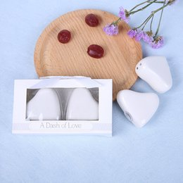 white ceramic hearts wholesale NZ - White Heart-shaped Ceramic Seasoning Jar Love Salt and Pepper Shaker Creative Wedding Gift and Favor W8735