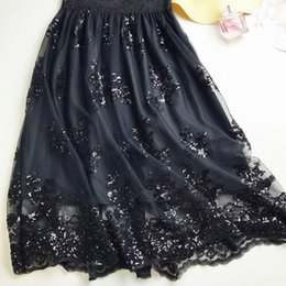 1cdad17946d4b 2018 Moda Mujer Verano Falda de Encaje negro Champagne Faldas Largas  Plisadas Mujeres Saias Midi Faldas Vintage Mujeres Falda Midi cpa1301