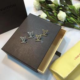 $enCountryForm.capitalKeyWord Australia - Designer Fashion Small Cute Garland Ear Stud Earring Flower Gift new Jewelry Accessory Wholesale Pairs