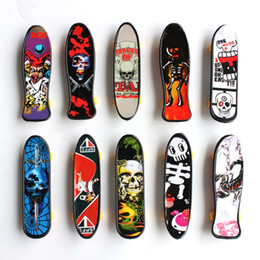 mini skateboards finger boards NZ - Plastic Mini Finger Skateboarding Fingerboard Toys Finger Scooter Skate Boarding Classic Chic Game Boys Desk Toys w  Mini Tools