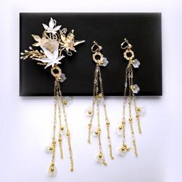 b3c19aa18fd3 2019 ручной работы старинные золотые комплекты ювелирных украшений для  невесты цветок шпильки с длинными серьгами кисточкой женщины кантри пляж  свадебные ...