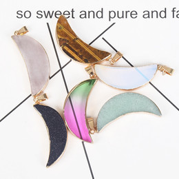 $enCountryForm.capitalKeyWord Australia - Natural Stone Moon Gold Bezel Natural Agates Crystal Crescent Moon Charm Pendant Stone Bead Jewelry Connector
