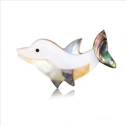 $enCountryForm.capitalKeyWord Australia - 2019 New Style European and American Style Vintage Personality Dolphin Shell Material Pins Brooch for Women X1190