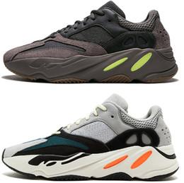 d8a5d06d905 2019 700 Wave Runner Malva Kanye West Boost Wave Static Shoes Hombres  Mujeres Negro Blanco Azul Gris Diseñador deportivo Zapatillas de deporte  Atletismo