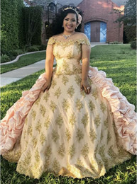 sweet 15 flowers 2019 - Quinceanera Dresses Vintage Medieval Prom Dresses Taffeta Cascading Victorian Gold Appliques Beaded Sweets 15 Dress vest