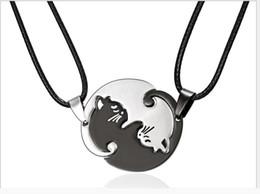 $enCountryForm.capitalKeyWord UK - Stainless steel simple animal Cat Pendant Black and white kitten hugs round couple