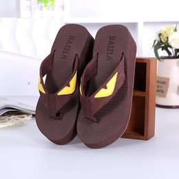 $enCountryForm.capitalKeyWord Australia - Hot Popular Little Monsters Parttern Famous Designer Classic Simple Style Comfortable to Wear Fashion Slippers Flip Flops Ladies Women Girls