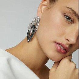 $enCountryForm.capitalKeyWord Australia - Lovely Design Shiny Black White Rhinestone Dangle Earrings For Women Fashion Maxi Earrings Wholesale
