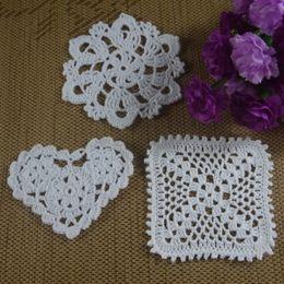 $enCountryForm.capitalKeyWord UK - Wholesale 3 Design Crochet pattern Doily Coaster Heart Round cup mat Pad Applique Pink White Ecru 10-12CM 30pcs LOT