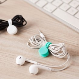 China Hot Sell Multifunction Management Silicone Earphone Headphone Cord Winder USB Cable Holder Strap Magnetic Organizer Gather Clips Colorful suppliers
