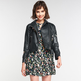 flower jackets ladies 2019 - Trendy Young Ladies Short Slim Flower Embroidery Belted Leather Jacket, Spring Autumn Classical Biker Motorcyle CHIC Sty