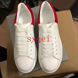 casual shoes italy 2019 - Womens Sneakers White Sole Men Casual Sneakers Red Velvet Italy Brand Queen Luxury Designers Shoes Leather Solid Colors