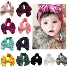 Venta al por mayor de INS Niñas Oro velvet Bow diademas niños bowknot Turbante banda de pelo 2018 nuevos niños Boutique Accesorios para el cabello 11 colores Bandanas KAH325