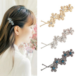 $enCountryForm.capitalKeyWord Australia - Women's Flower Hair Clip Barrettes Hairpins Hair Accessories Headwear Girl Floral Clamps Hairgrip Rhinestone Hairclip Headdress