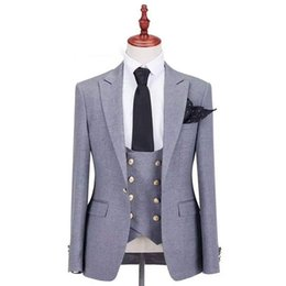 $enCountryForm.capitalKeyWord Australia - Double Breasted Evening Party Grey Men Suits for Wedding Groom Tuxedos Peaked Lapel Groomsmen Blazers (Jacket+Pants+Vest )