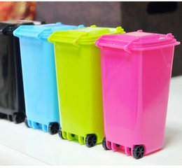 $enCountryForm.capitalKeyWord NZ - Big Mouth Toys Mini Trash Pencil holder Recycle Can Case Table Pen Plastic Storage Bucket Stationery Sundries Organizer Tools 5 color choose