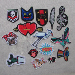 $enCountryForm.capitalKeyWord Australia - dog fashion Heart Lip Letter Patch Iron On Kid Cheap Embroidered Cartoon Patches For Clothes Sticker Jacket DIY Badges Applique