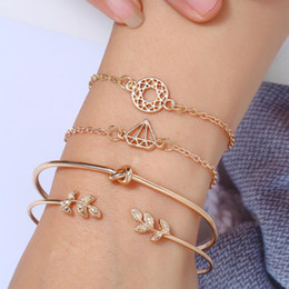 $enCountryForm.capitalKeyWord Australia - YAOLOGE4 Pcs set Fashion Crystal Leaves Geometric Chain Gold Bracelet Set For Women Bangle Bohemian Vintage Jewelry Wholesale